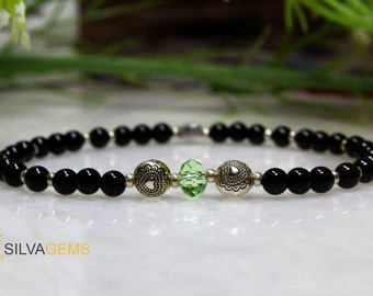 Natural Black Onyx Gemstone Stretchy Ladies Bracelet with Hearts - Free Shipping