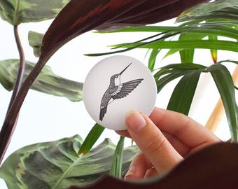 PIN // HUMMINGBIRD - illustration animal - tropical bird pin - nature lover present - round pins art - forest ink drawing - elegant button