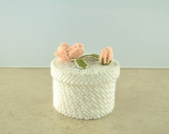 Vintage Roses Yarn Woven Container