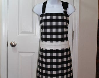 Adult Black and White Checkered Apron