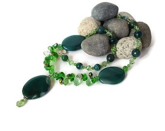 Green Agate Necklace Boho Necklace Green Gift for Mother Gemstone Statement Necklace Pendant Agate Green Wife Gift for her Bohemian Necklace