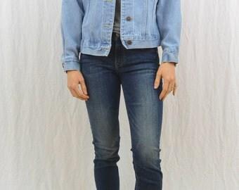 Vintage Denim Jacket, Trucker Jacket, Size Small-Medium, Petite, Grunge, 90's Clothing, Tumblr Clothing, Hipster, On Trend