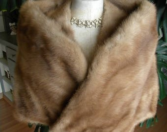 Beautiful retro mink fur stole / cape / wrap / wedding / real fur
