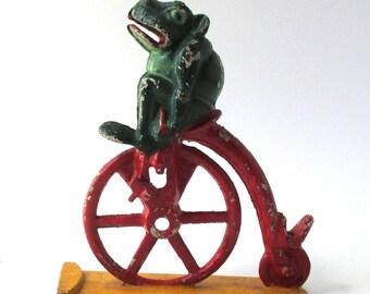 Frog on Bike, Professor Pug Frogs, Cast Iron, Mechanical Bank J&E Stevens, Frogs, Toads, Metal Toys, Bike