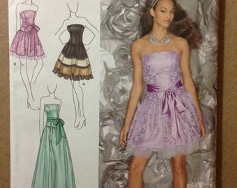 Simplicity 1655 - Jessica McClintock Strapless Party Dress with Flared Skirt in Three Lengths - Size 4 6 8 10 12