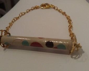 Bracelet en papier et chaîne