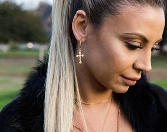 Cross Hoop Earring / Cross Earrings Gold / Hoop Earrings /14k Gold Filled Dainty Cross Hoop Earrings / Charm Earrings / Gift for Her