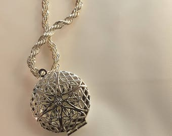 925 Sterling Silver Rope Chain Locket Necklace