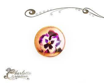Ring round cabochon glass Pansy flowers
