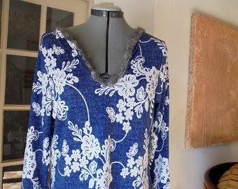 "Top, tunic, top, t-shirt, ""jeans in bloom""High, top, tunic, t-shirt,""jeans in flowers"""