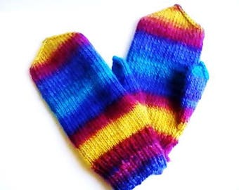 Very large mittens in wool