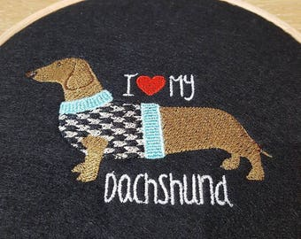 Embroidered wall decoration (Dachshund) *Dog