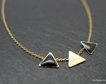 Pendant art nouveau triangle, necklace