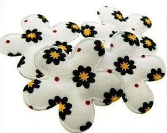1 x cotton flower applique