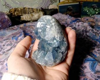 Gemmy Celestite Egg - Beautiful blue Celestite Gem - Crystal Egg - Celestite Geode Cluster