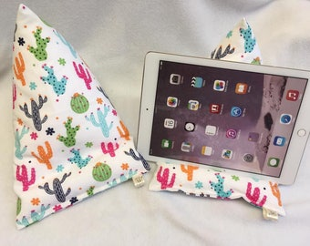 Cactus Tablet/Ipad beanie cushion