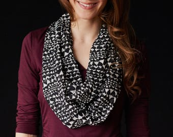 black and white patterned Infinity Scarf
