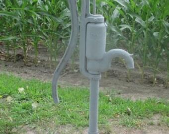 Well Water Pump Cast Iron Cistern Pitcher Windmill Garden Rustic Gray Myers dj