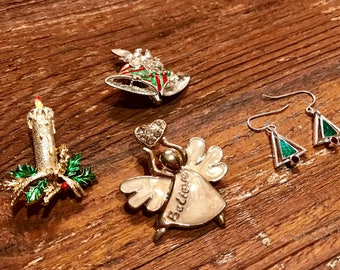 Vintage Christmas jewelry lot brooches pins earrings Christmas tree Angel