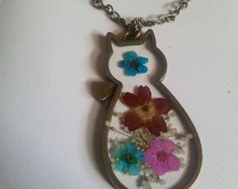 glass cat real dried flowers necklace