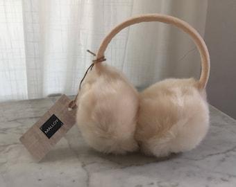 Vintage faux fur earmuffs. Vintage earrmuffs. Ivory earmuffs. White earmuffs. Vintage earmuffs. Big ear muffs. Winter headgear. Costume
