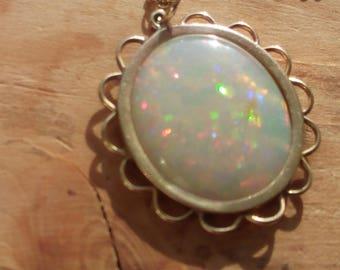 HUDGE Australian Fire Opal in 375 Yellow Gold  Pendant