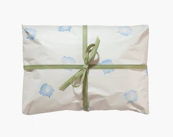 Gift with Greeting card-Leave your HETTI. Package the product as a gift with a greeting card