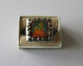 Vintage Tweety Bird Ring Warner Bros Metal Toy Ring