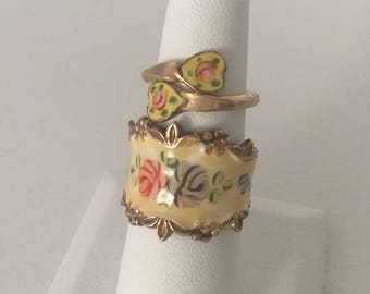 Hand Painted Enamel Flower Wide Band Signed 18 KT HGE Vargas Manufacturing Rhode Island Trademade | Ornate Edge w/Pinky Ring