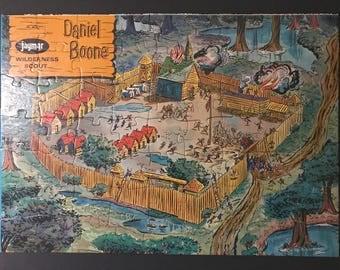 Daniel Boone Picture Jigsaw Puzzle Siege of Boonesboro Jaymar 63 pcs 14 x 10 in Vintage 1950s