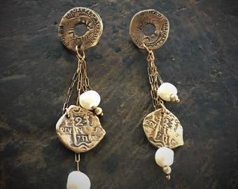 June Birthstone / Long Pearl Drop Earrings / Pearl Earrings / Doubloons / Freshwater Pearls