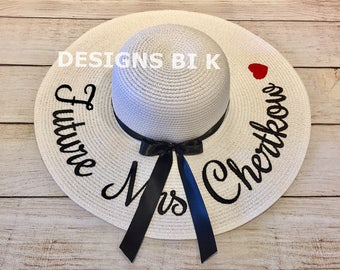 "Personalized summer hat, Personalized floppy hat, Future Mrs, Sun hats, Floppy straw hat ""Future Mrs.xx"", Wedding gift, Bridal shower gift"