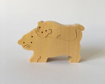 NAEF Wooden Toys - Sabu Oguro Animal Puzzle Lions in original Box - Perfect Gift