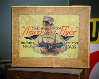 American Flyer Mfg Co. Engineer Boy with Hat Wings Vintage Toy Train Locomotive Box (Only) RARE Antique Collectible Case Chicago,IL sign Old