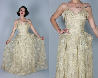 Vintage 1940s Dress | Off White Lace Gown with Hip Accentuating Bustle | Small