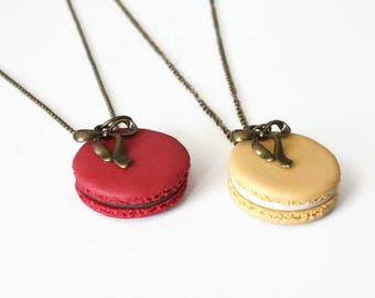 Necklace macaroon with his chocolate ganache and matching node - Polymer Clay