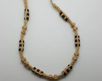 Beaded hemp necklace, choker  (HNK012)