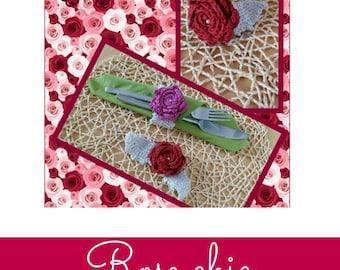 Chic handmade crochet roses