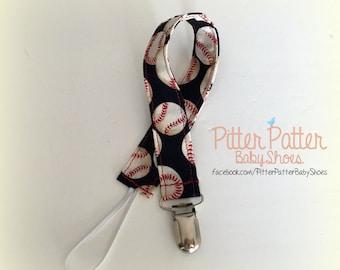 Baseball Pacifier Clip - Paci Clip - Binky Clip - Baseball Baby Gift - Baby Shower Gift - Baseball Gift - Baby Boy Gift -  Sports Baby Gift