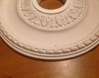 Foam ceiling medallion