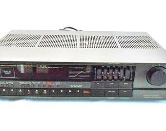 Technics SA-160 Quartz Synthesizer AM/FM Stereo Receiver