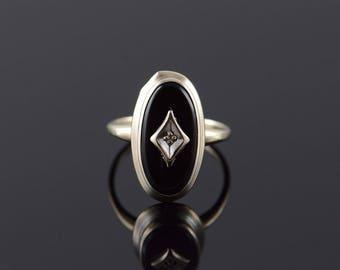 10k 1960's 15x8mm Oval Black Onyx Diamond Inset Ring Gold