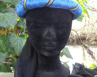 Medieval headdress, Royal Blue and gold and black