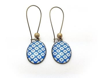 Oval earrings - blue and white checkered
