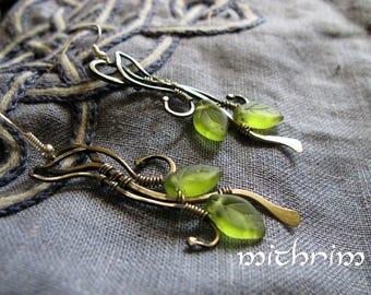 Green leaves earrings Neusilber jewelry earrings botanical jewelry Light weight earrings wire wrap jewelry modern jewelry gift for her