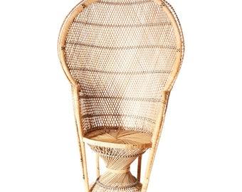 Vintage WICKER PEACOCK CHAIR ~We Will Ship~ high back fan rattan mid century 50s tiki patio porch living room base mcm mod bohemian 16378