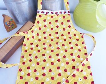 Child Apron, Lady Bug Print, Handmade Apron, Gifts under 15, Child Size Chef Apron, Boy or Girl apron, Kids Vintage apron, Custom Apron
