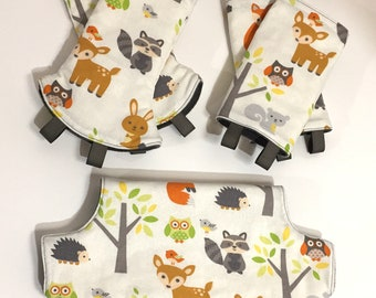 Curved or Straight Teething Pads and Bib Set for Lillebaby Baby Carriers / Lillebaby Bib Set / Woodland Animals / Gray
