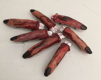 Dead girl fingers & thumbs hairclips