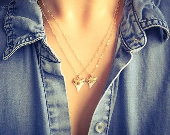 Mano niho kahi necklace - gold shark tooth necklace, white shark tooth, Hawaii jewelry, boho jewelry, gold pendant necklace, boho necklace